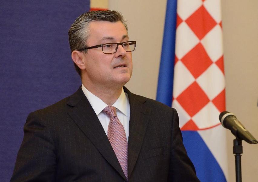 Нейтральный премьер-министр из Канады Тихомир Орешкович
