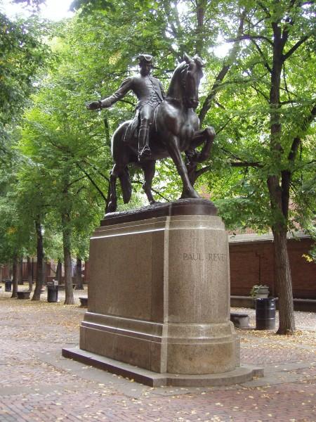 Памятник Полю Ревиру в Бостоне. Скульптор Сайрус Дэллин (1940).