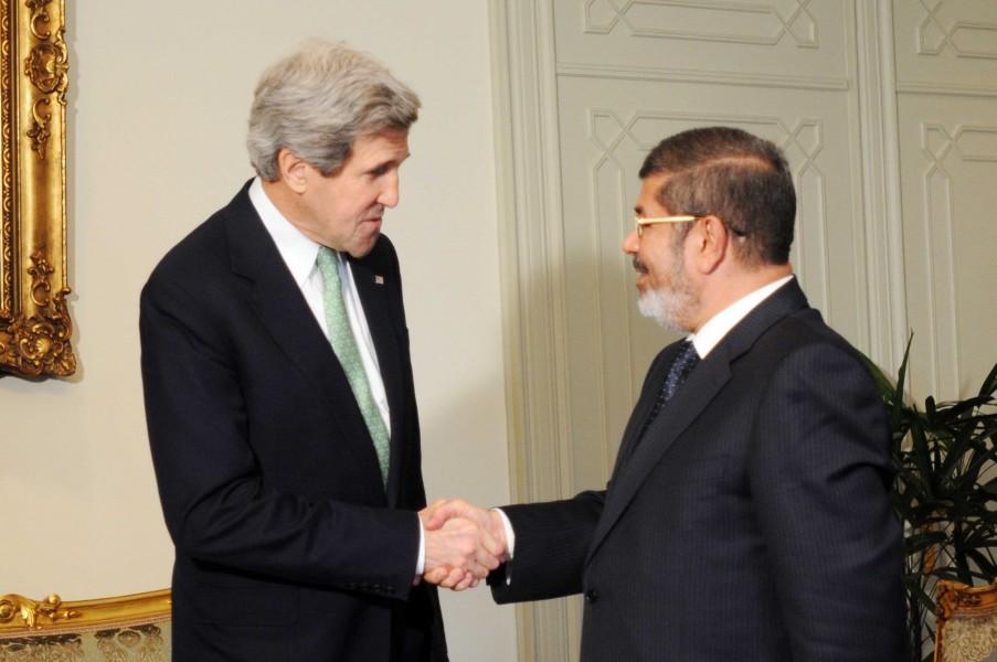 Государственный секрктарь США Джон Керри и президент Египта Мохаммед Мурси