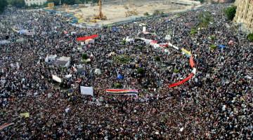 Площадь Тахрир заполнена революционно настроенными египтянами, 18 ноября 2011 года