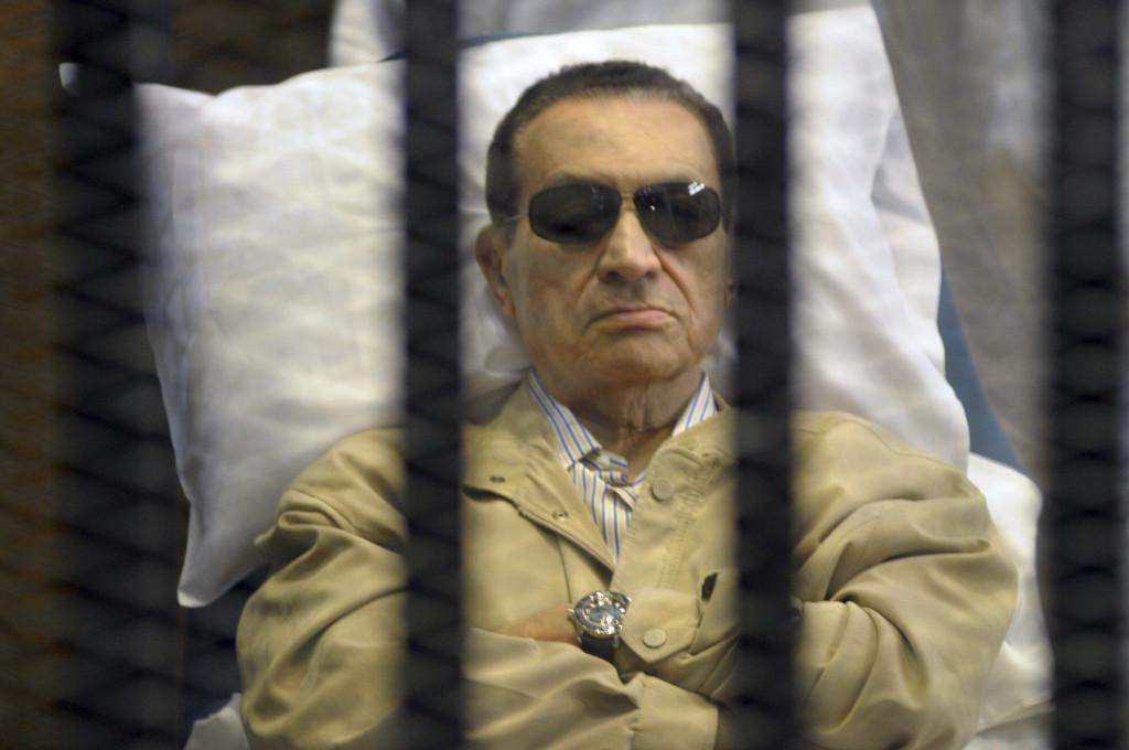 Презедент Египта Мубарак за решеткой