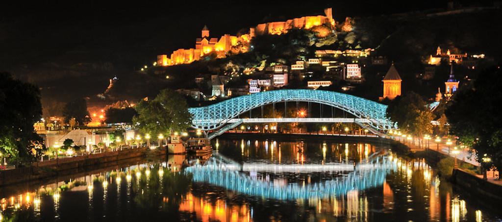 Ночной Тбилиси