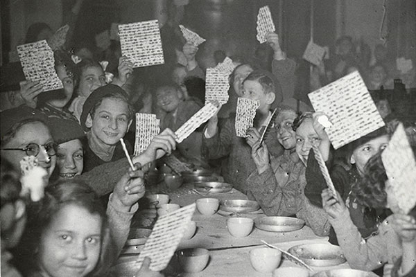Французские еврейские дети-сироты