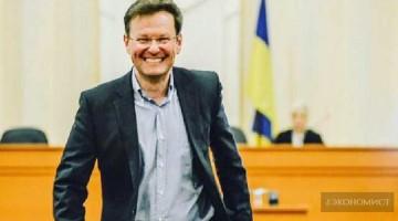 Указ Порошенко о лишении гражданства Саши Боровика