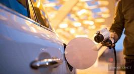 «Вольво» начинает выпуск гибридных авто: конец эры бензиновых двигателей