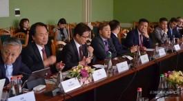 В Киеве прошла закрытая дипломатическая конференция