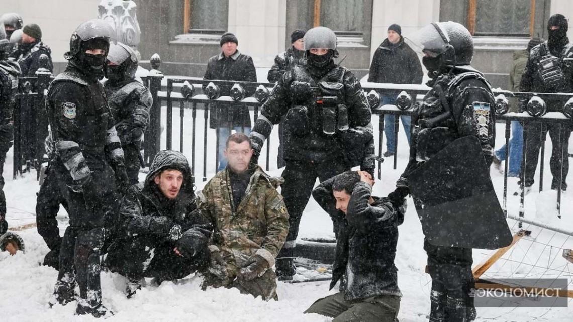 Лагерь Михомайдана у Верховной Рады разгромлен правоохранителями