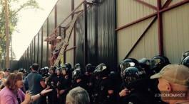 Главная мера украинских политиков – это высота забора их поместья