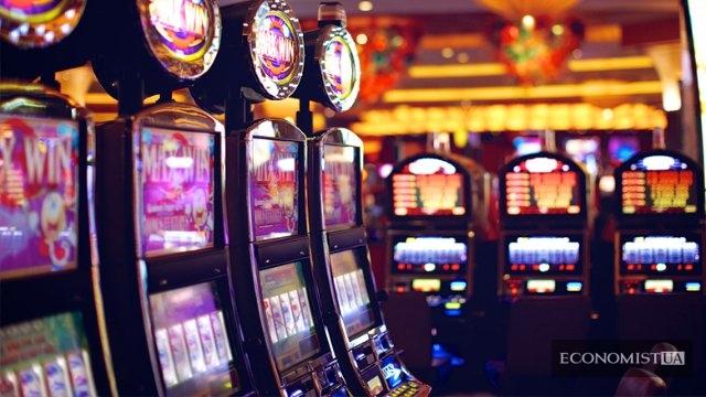 Казино онлайн игровые автоматы на гривны кто крышует казино